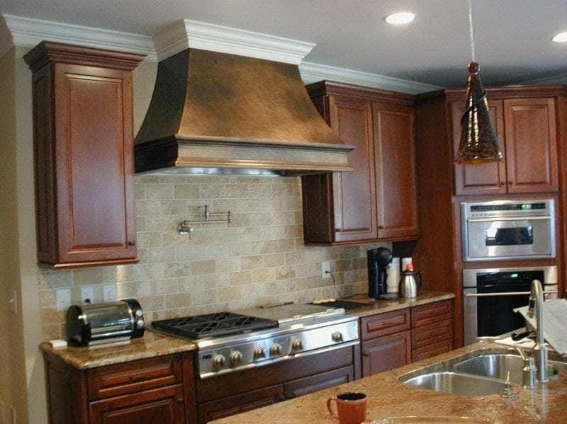 Як вибрати якісну витяжку на кухню?