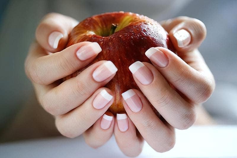 відновлення нігтів