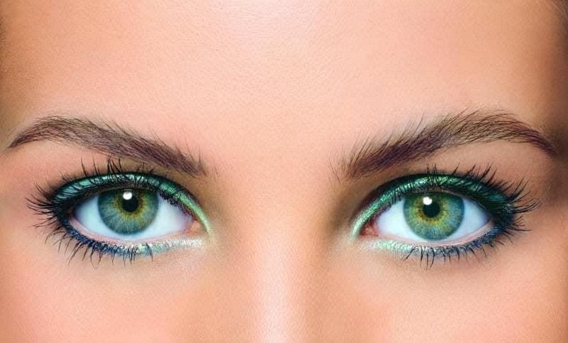 макіяж під очі