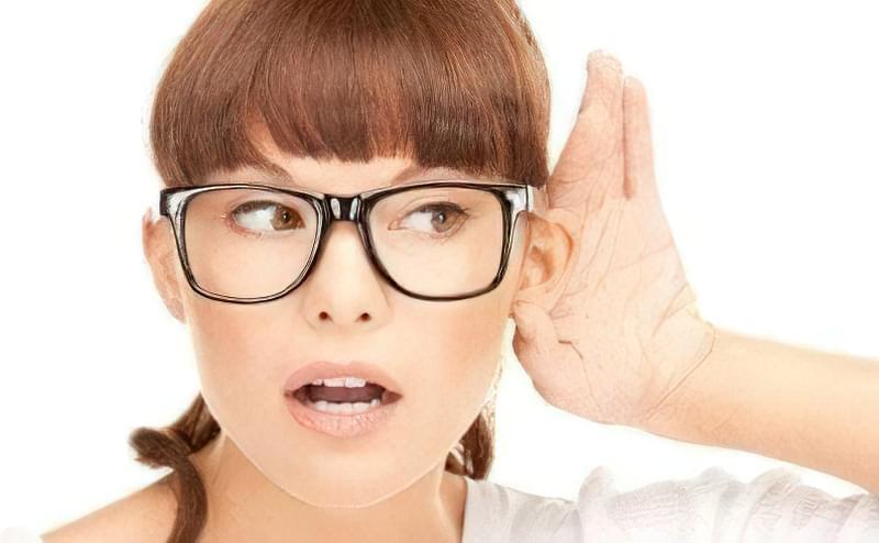 погіршується слух