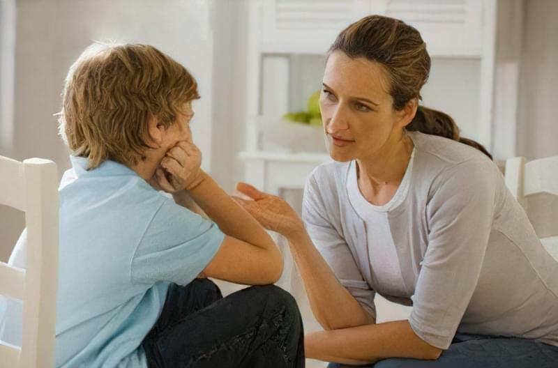 батьки критикують дітей