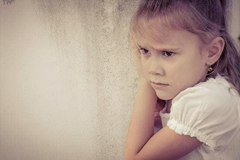 як розповісти дитині про смерть близької