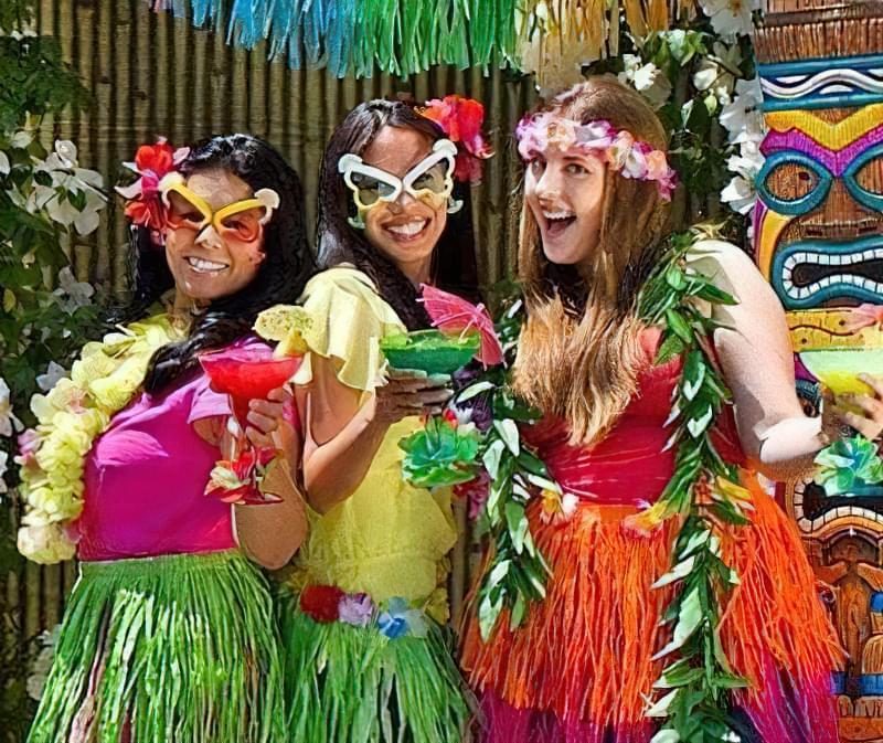 зробити костюми для гавайської вечірки