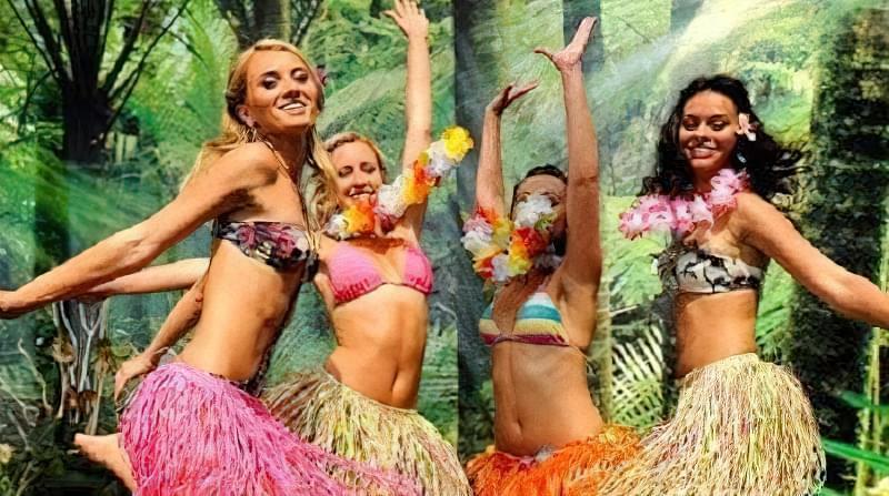 вечірка в гавайському стилі