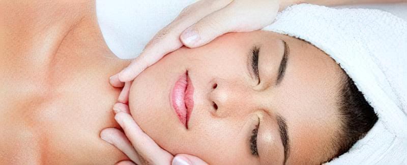 міостимуляція обличчя і шиї