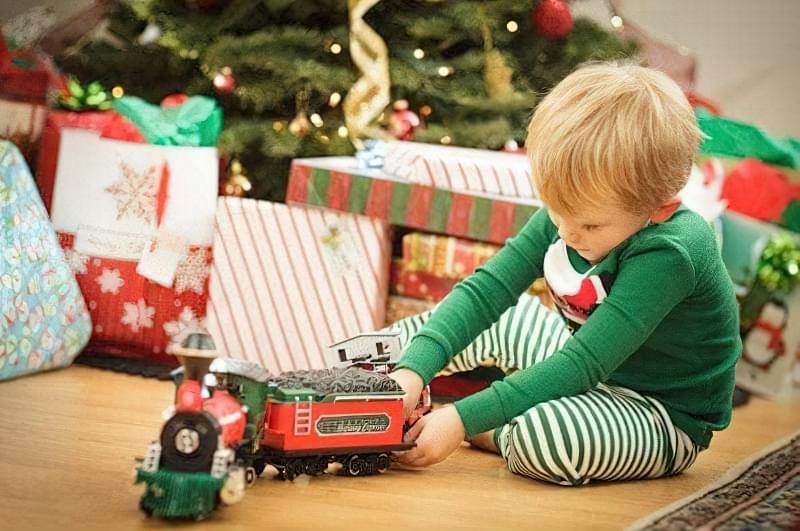 що дарувати дитині на новий рік