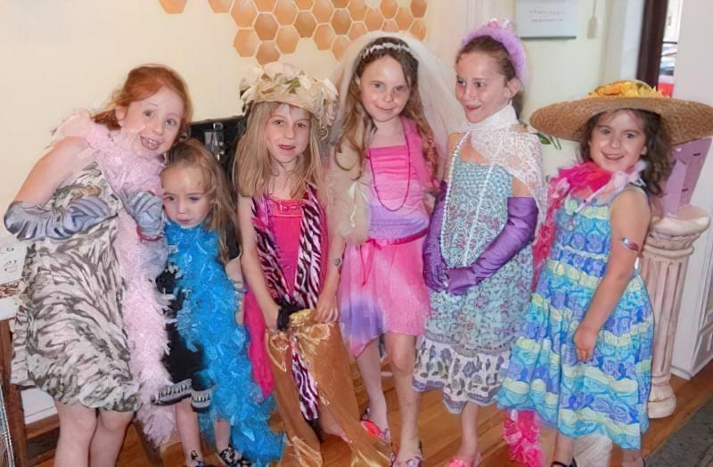 як влаштувати святкування 8 березня для дівчинки