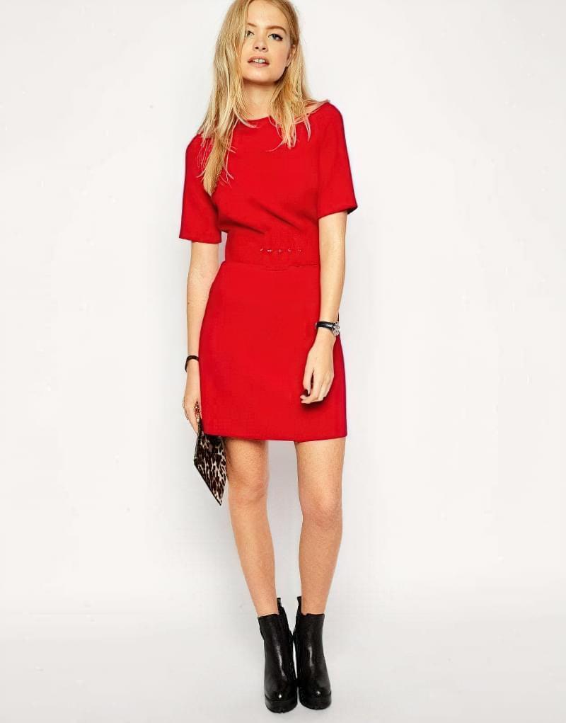 з чим носити плаття червоне трапеція