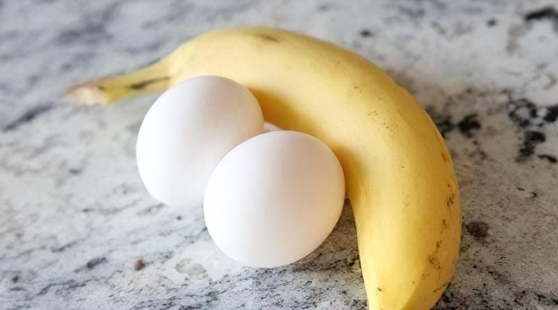 маска для волосся з бананом і яйцем