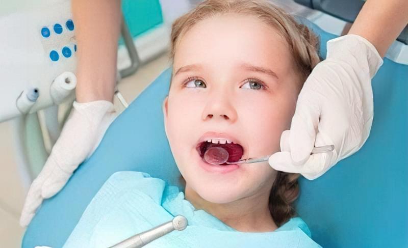 молочні зуби у дітей карієс