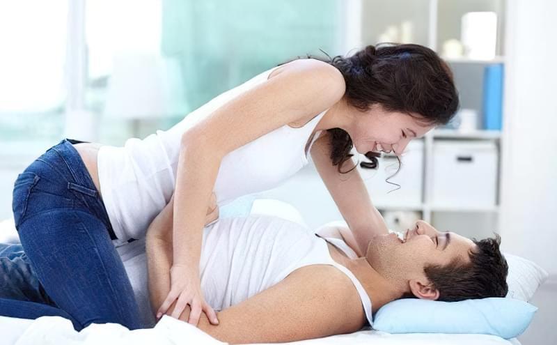 Часто секс між друзями обертається психологічною та емоційною залежністю