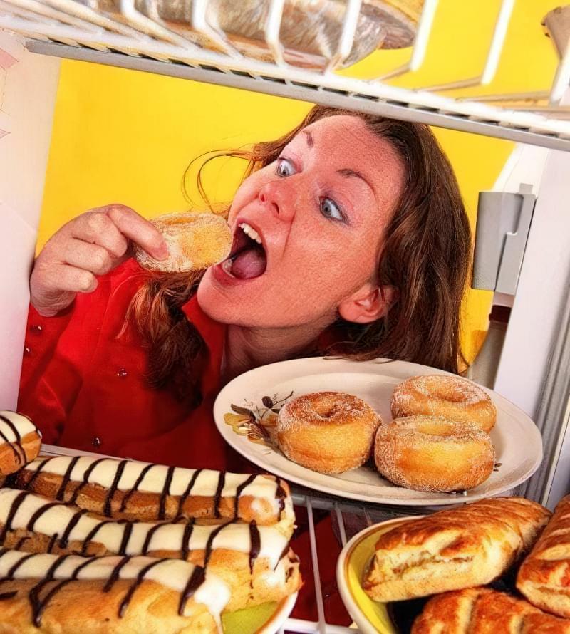 При синдромі роздратованого кишечника солодощі і випічку необхідно виключити
