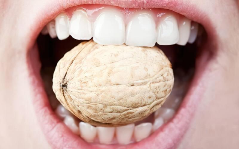 Хитаються зуби можуть свідчити про серйозні проблеми зі здоров'ям