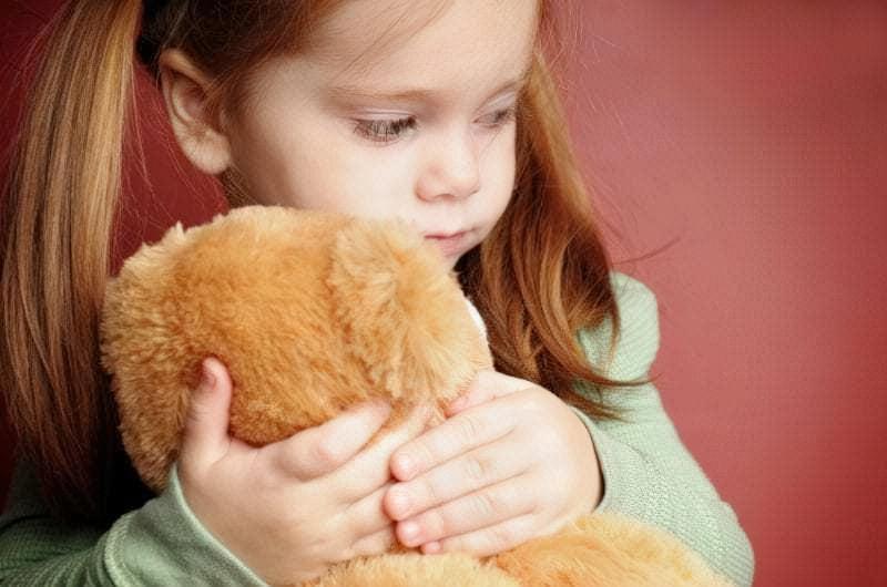 Вирішуючи, чи можна залишити дитину вдома одну, виходите з їїпсихологічної зрілості і самостійності