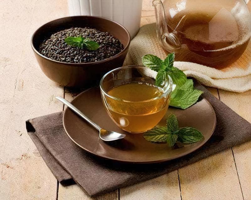 Зелений чай: підвищує або знижує тиск?