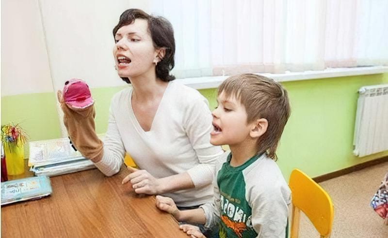 Як визначити, чи потрібен дитині логопед? 1