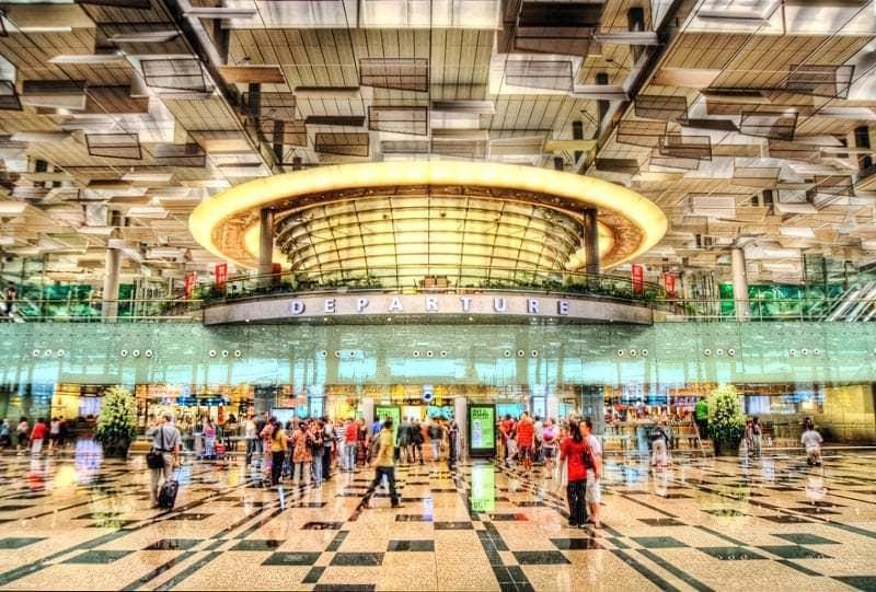 5 najkrutishyh aeroportiv svitu