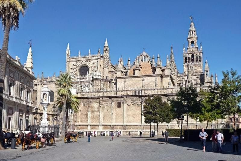 Прекрасні готичні храми Європи 4