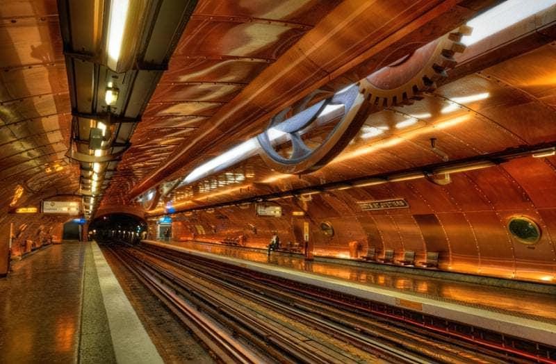 Stantsiyi metro yak tvory mystetstva 2