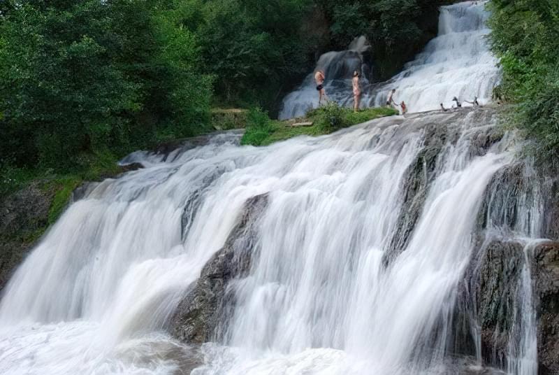 chervnogradskyj vodospad