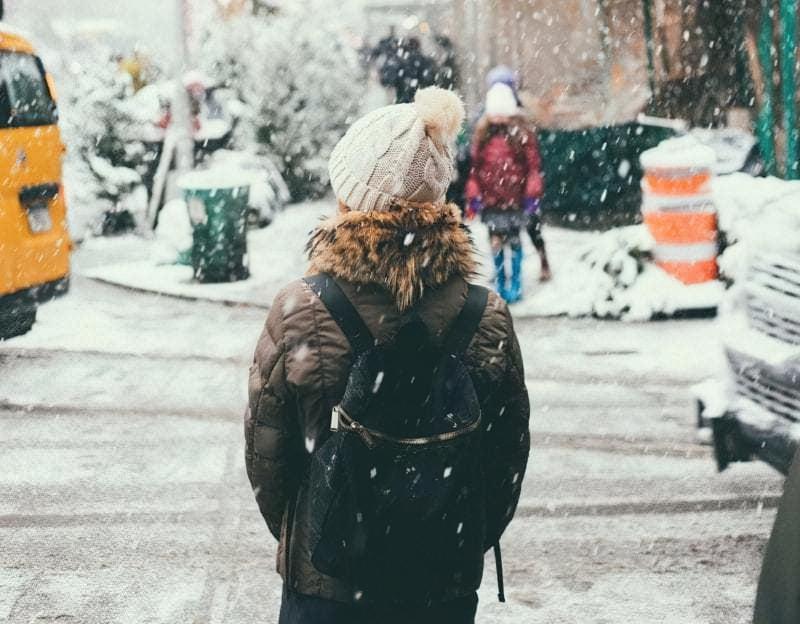 Поради пішоходам взимку: як залишатися в безпеці 1