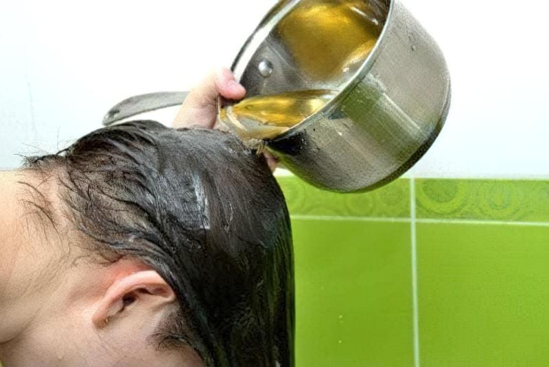 Використання відварів трав для відновлення волосся