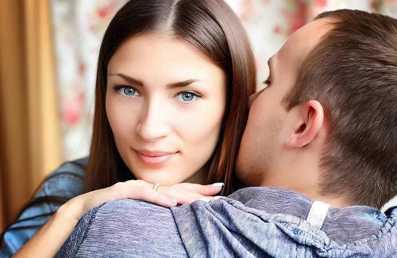 9 ознак, що ви подобаєтеся чоловікові 1
