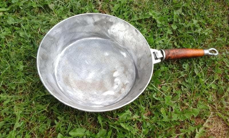 Алюмінієва сковорода