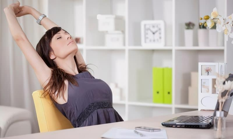 Як робити прості і корисні розминки, якщо ви працюєте в офісі 1