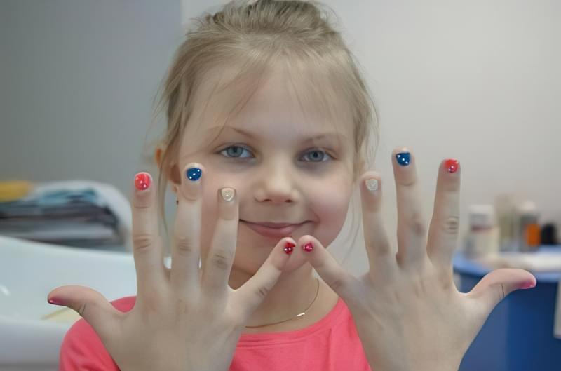 Як відучити дитину гризти нігті: поради та рекомендації фахівців 1