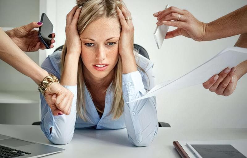Навчіться розслаблятися і не тримати роботу постійно в голові