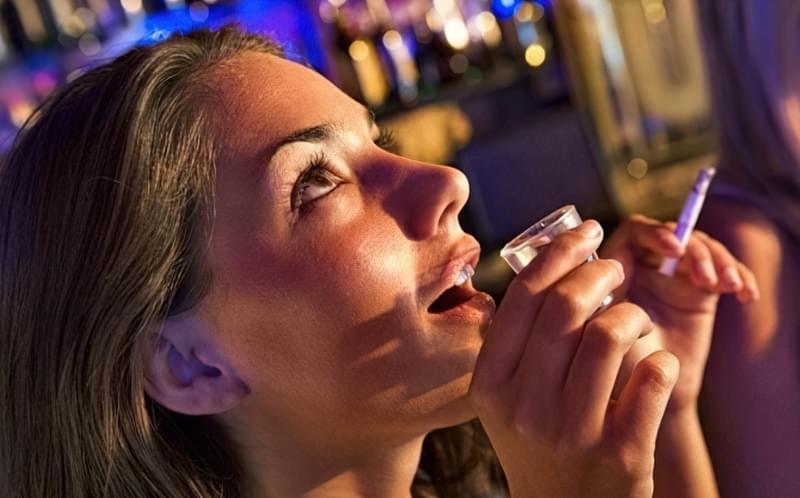 Алкоголь і куріння-головні вороги краси і молодості