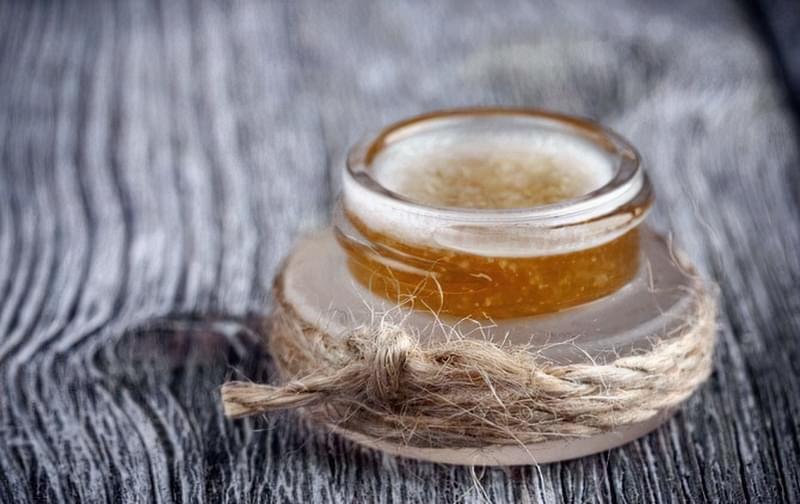 Як повернути губам яскравість без використання помади? 3
