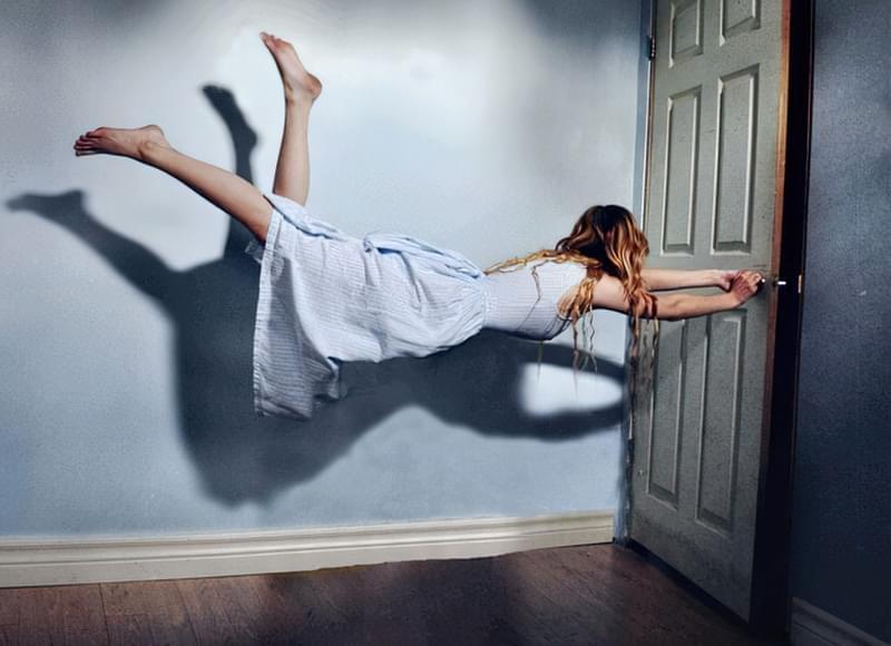 Чи дійсно не можна спати ногами до дверей? 2