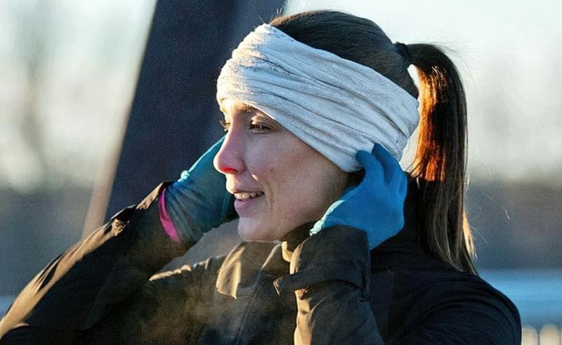 В холод, для тренувань на вулиці вибирайте баф — просто і стильно
