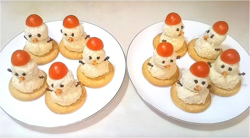 закуска Сніговики з сиру і яєць