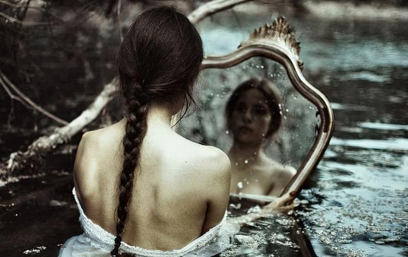 Чому не можна плакати, дивлячись в дзеркало? 2