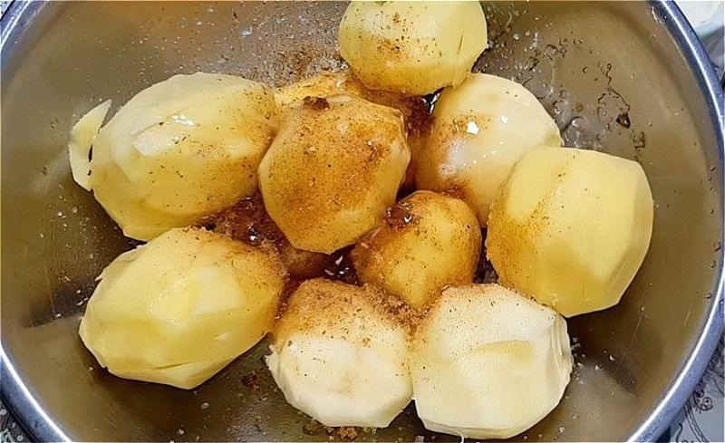 Смачні рецепти свинини запеченої у фользі в духовці 11