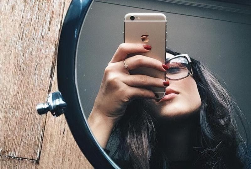 Чи дійсно не можна фотографувати себе в дзеркалі? 2