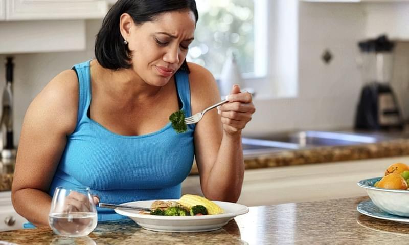 Раціон харчування для схуднення повинен складати професійний дієтолог