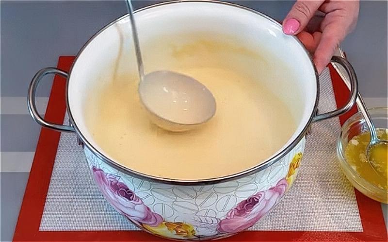 Млинці на дріжджах і молоці: покрокові рецепти 22