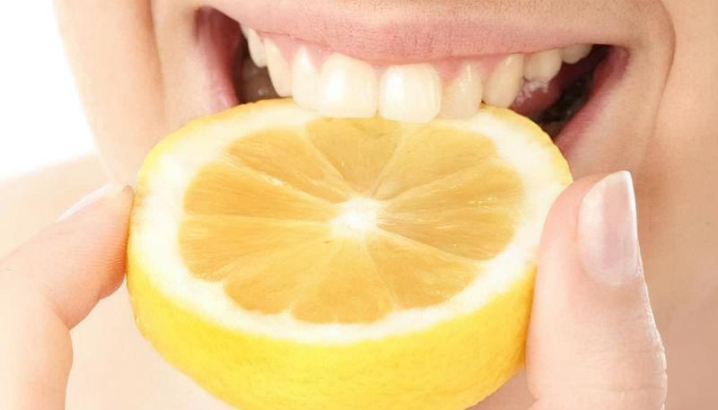 Як відбілити зуби за допомогою соди - кращі рецепти 3