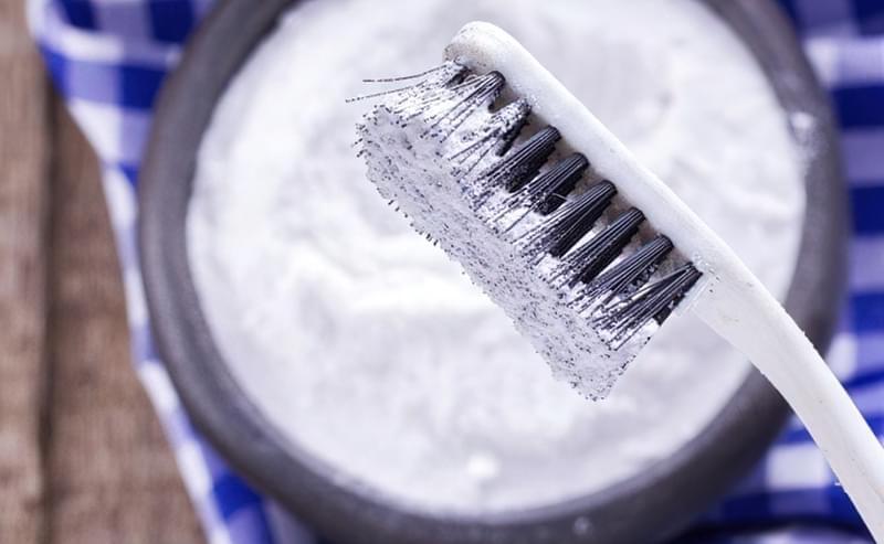 Як відбілити зуби за допомогою соди - кращі рецепти 5