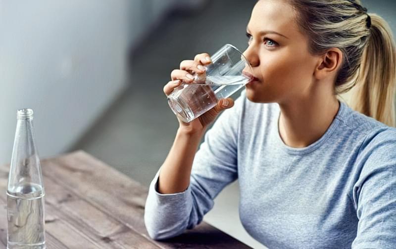 Не забувайте про користь чистої води для молодості і краси